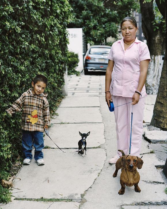 Ana, Petunia y Camilo © Monica Ruzansky