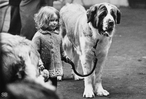 People and Dogs © Shirley Baker, 1966