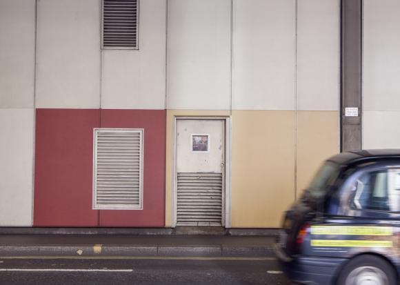 Dan Witz, Empty the Cages 5, Foto: PETA