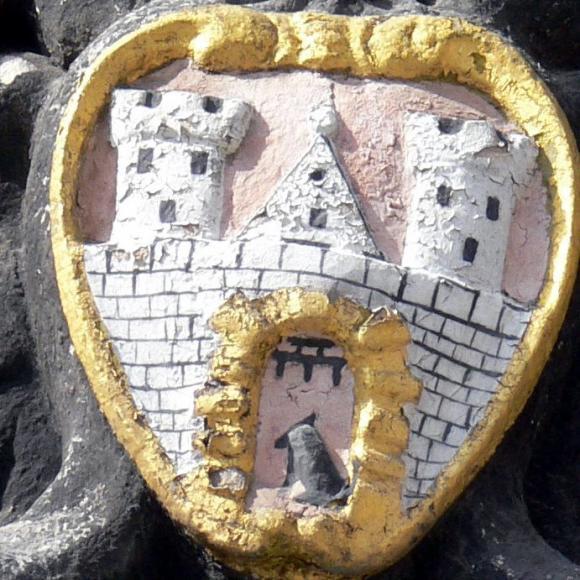 Detail des Quedlinburger Wappens auf dem Rathaus