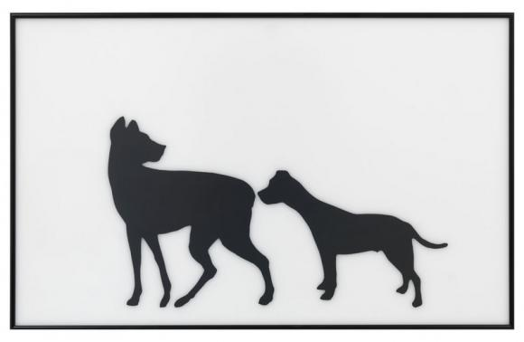 Hans-Peter Feldmann, Zwei Hunde-Silhouetten, 2003, Scherenschnitt hinter Glas