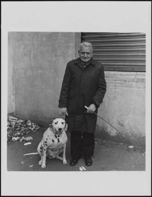 Keith Arnatt, Walking the Dog  1976-79, © The estate of Keith Arnatt