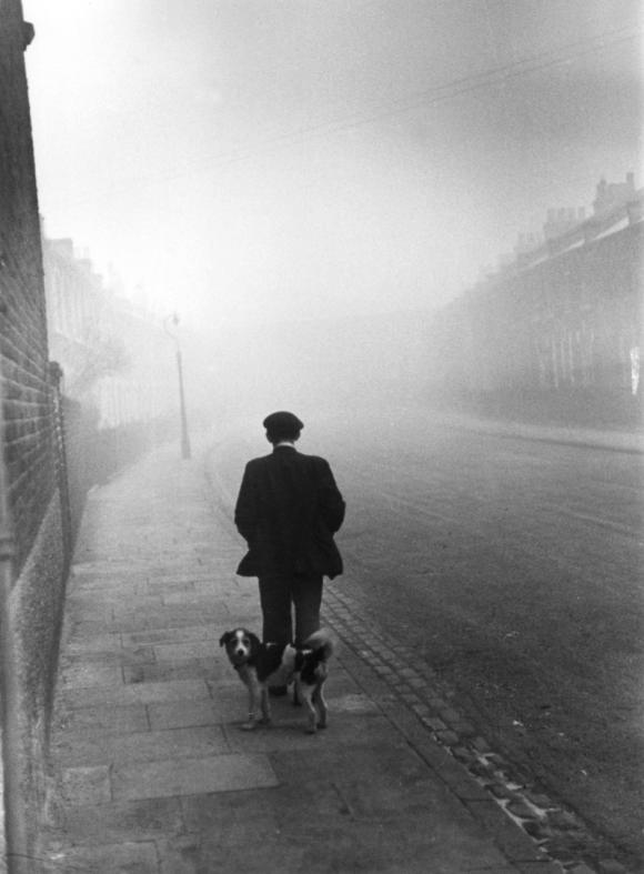 © Kurt Hutton/Getty Images