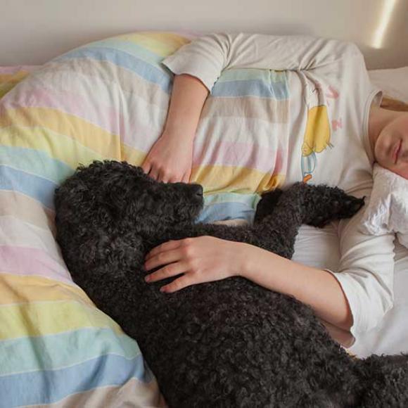 aus der Serie: In Bed © Lisa Strömbeck