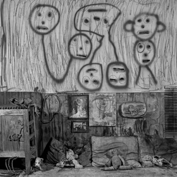 Roger Ballen, Boarding House, Upseedaisy, 2008